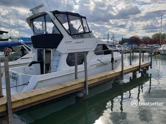 Rent a Carver Yachts flybridge in Harrison charter Township, MI near me