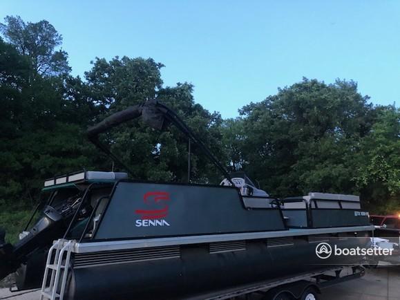Rent a Sun Tracker by Tracker Marine pontoon in Bedford, TX near me