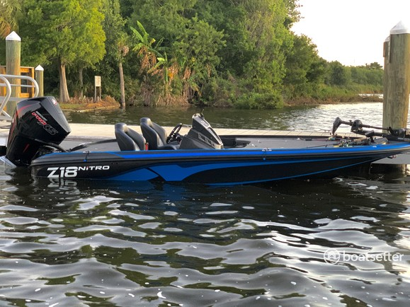 Rent a Nitro bass boat in Tarpon Springs, FL near me