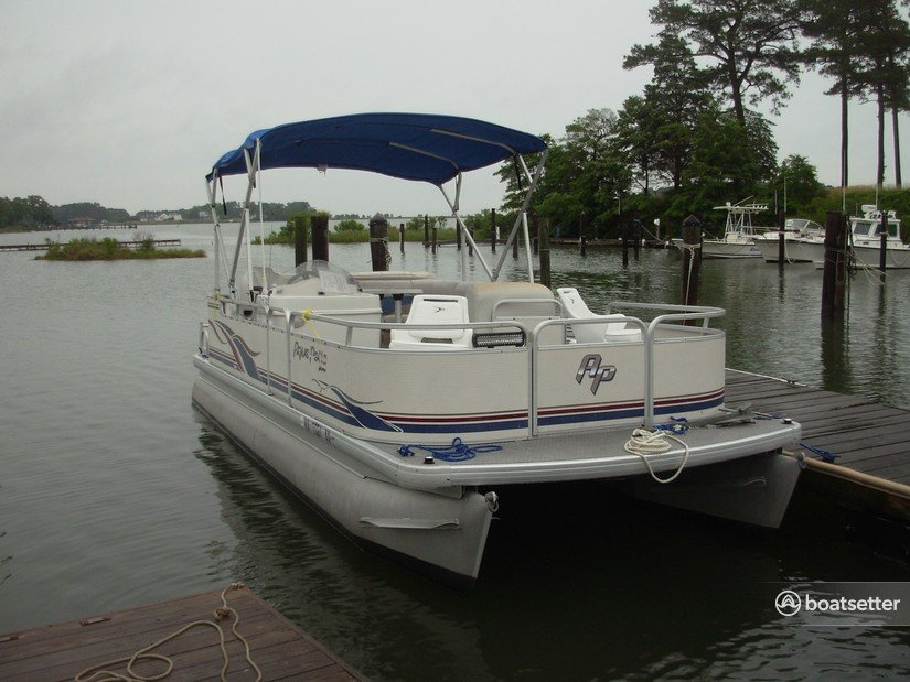 Rent a Godfrey Marine pontoon in Reedville, VA near me