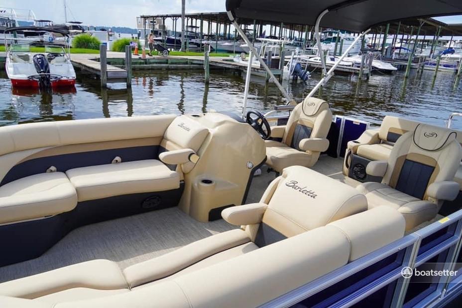 Rent a BARLETTA BOATS pontoon in Jacksonville Beach, FL near me