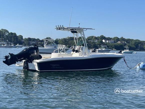 Rent a Pioneer Boats center console in Marblehead, MA near me