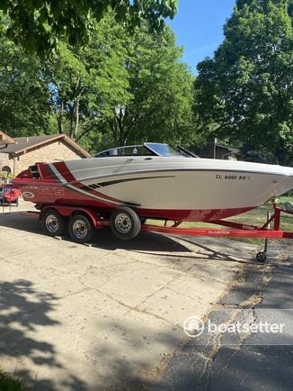 Rent a Glastron Boats bow rider in Algonquin, IL near me