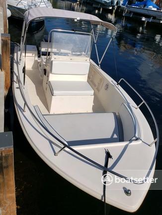 Rent a Renken Boats center console in Key Largo, FL near me