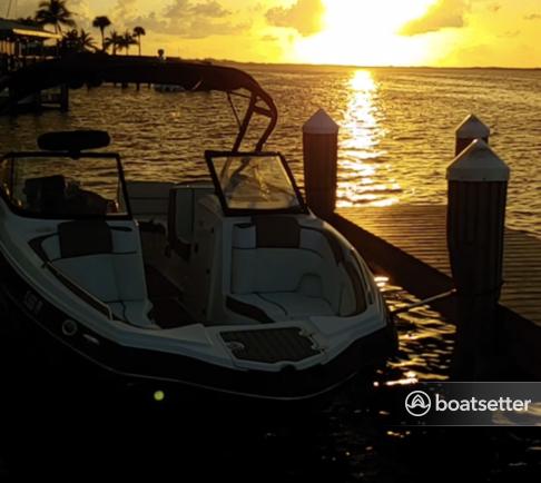 Rent a Yamaha jet boat in Tavernier, FL near me