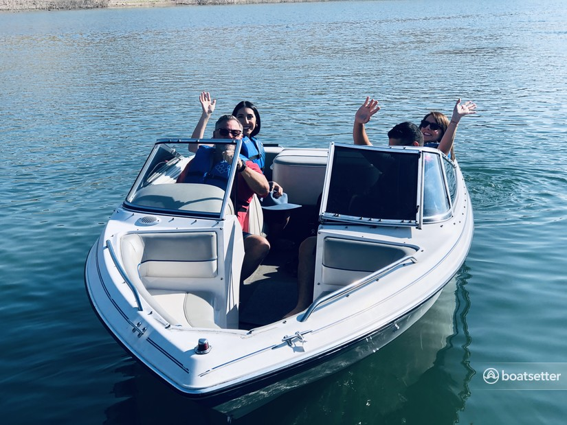 Rent a Four Winns Boats bow rider in Boulder City, NV near me