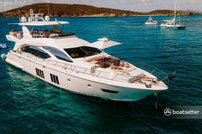 Rent a Azimut motor yacht in Sag Harbor, NY near me