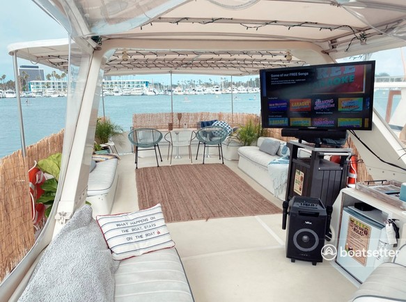 Rent a Bluewater Yachts motor yacht in Marina del Rey, CA near me