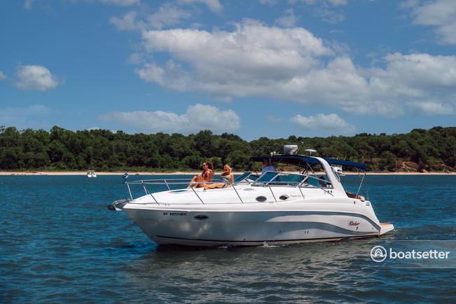 Rent a Rinker Boats motor yacht in Montauk, NY near me