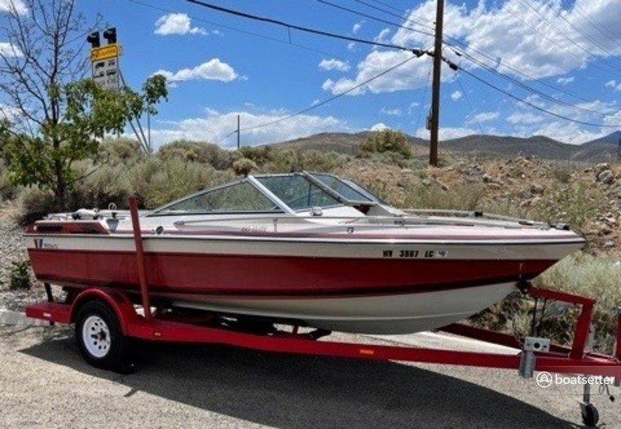 Rent a Wellcraft bow rider in Incline Village, NV near me