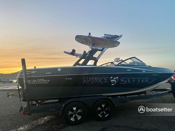 Rent a Malibu Boats ski and wakeboard in Morristown, AZ near me