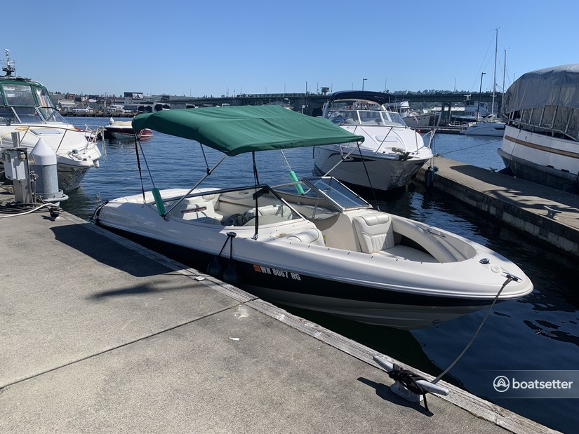 Rent a Bayliner runabout in Seattle, WA near me