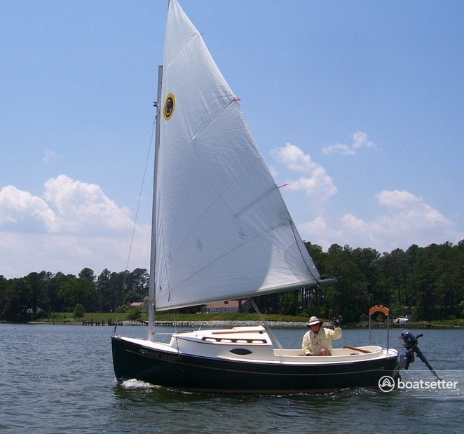 Rent a Com-Pac Yachts daysailer &_weekender in Seattle, WA near me