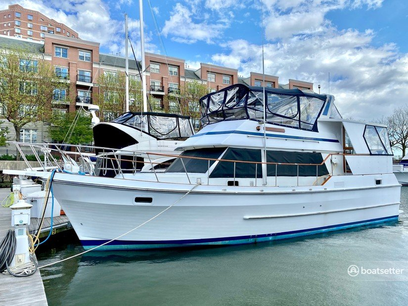 Rent a Present Yachts trawler in Jersey City, NJ near me