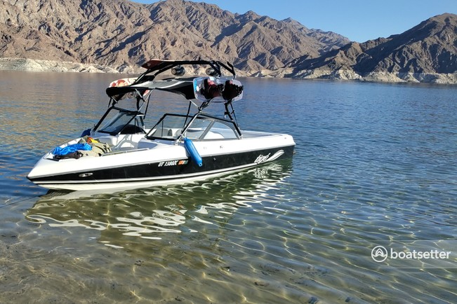 Rent a Tige' Boats ski and wakeboard in Boulder City, NV near me