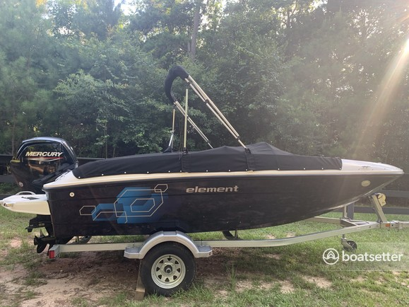 Rent a Bayliner convertible in Conroe, TX near me