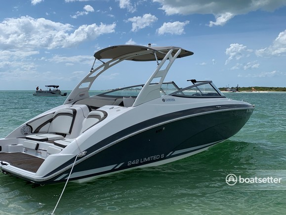 Rent a Yamaha bow rider in Clearwater, FL near me