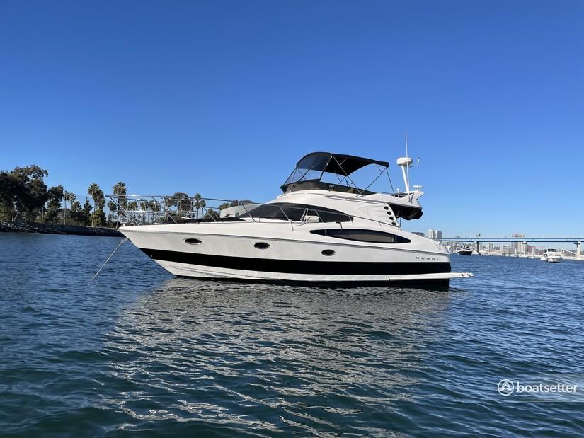 Rent a Regal cruiser in San Diego, CA near me