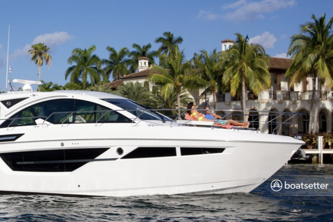 Rent a Cruisers Yacht motor yacht in Montauk, NY near me