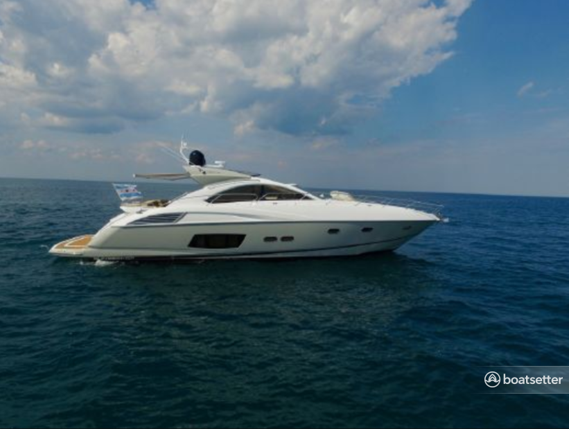Rent a Sunseeker motor yacht in Chicago, IL near me