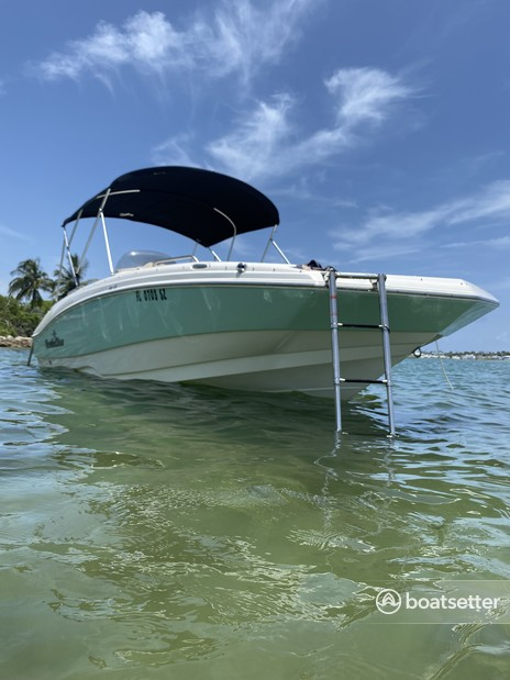Rent a Other deck boat in Aventura, FL near me