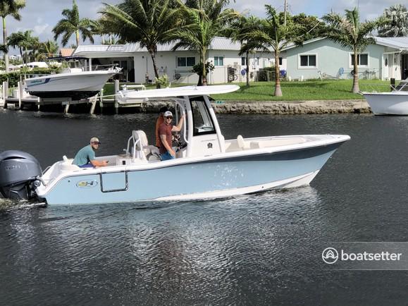Rent a SEA HUNT BOATS center console in Boca Raton, FL near me