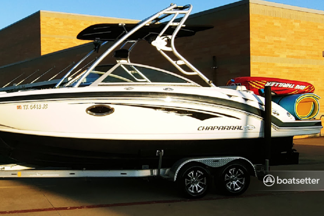 Rent a Chaparral Boats bow rider in Rockwall, TX near me
