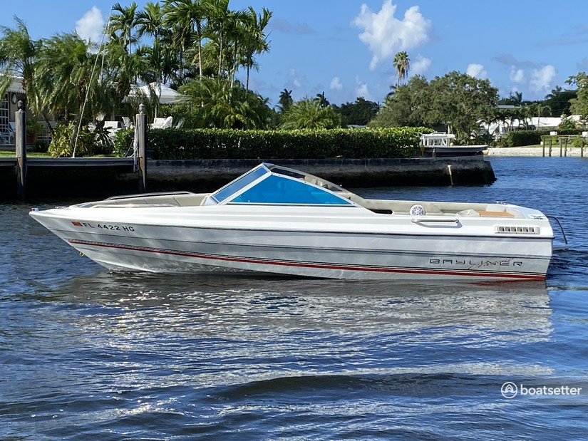 Rent a Bayliner bow rider in Fort Lauderdale, FL near me