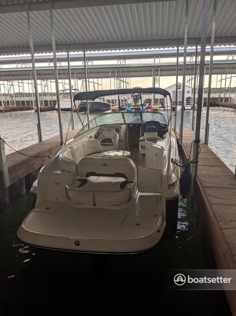 Rent a Monterey Boats cruiser in Jonestown, TX near me