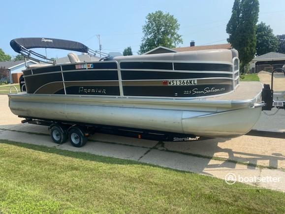 Rent a Premier Marine pontoon in Twin Lakes, WI near me