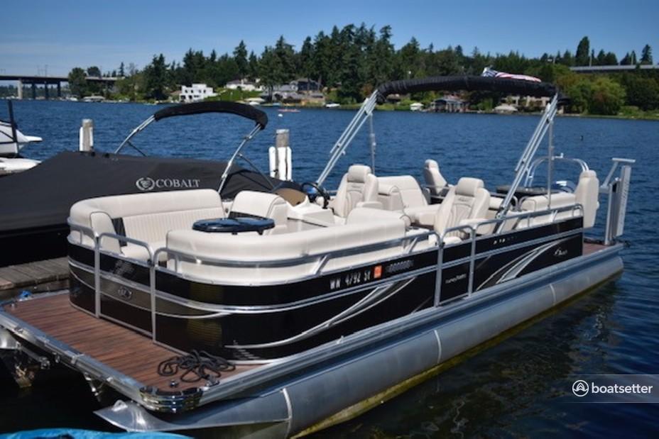 Rent a Qwest Pontoons pontoon in Bellevue, WA near me