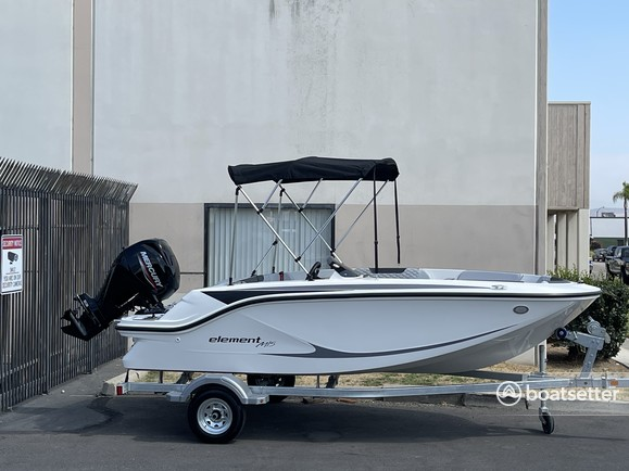 Rent a Bayliner bow rider in Dana Point, CA near me