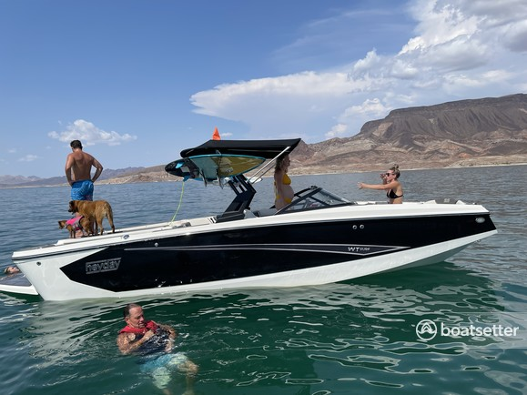 Rent a HEYDAY WAKE BOATS bow rider in Boulder City, NV near me