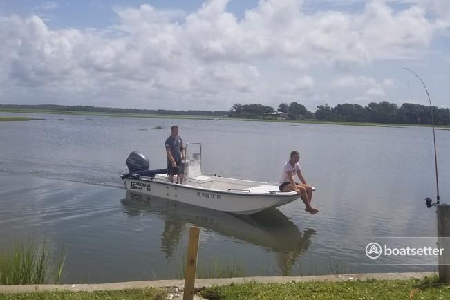 Rent a Carolina Skiff flats boat in Cedar Point, NC near me
