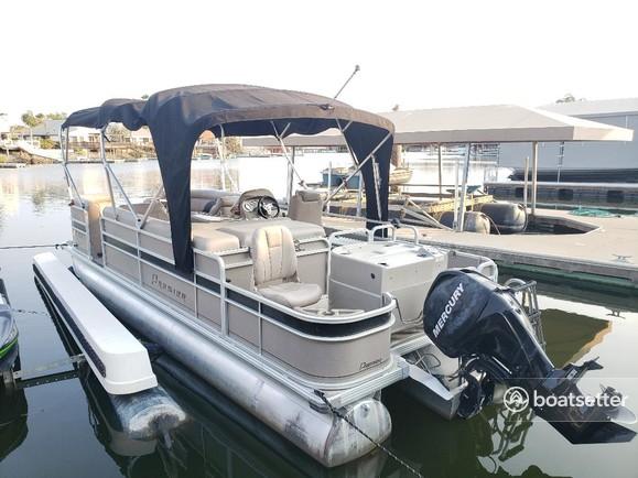 Rent a Premier Marine pontoon in Discovery Bay, CA near me