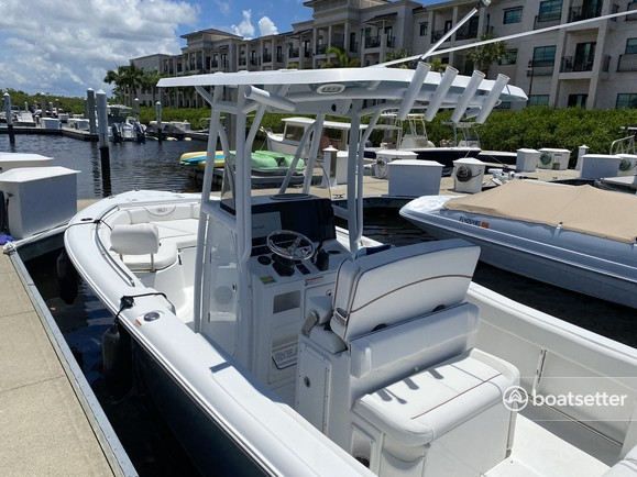 Rent a SEA HUNT BOATS center console in Naples, FL near me