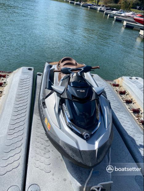 Rent a SEA-DOO jet ski_/_personal_water_craft in Buford, GA near me
