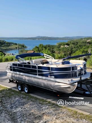 Rent a South Bay Pontoons pontoon in Canyon Lake, TX near me