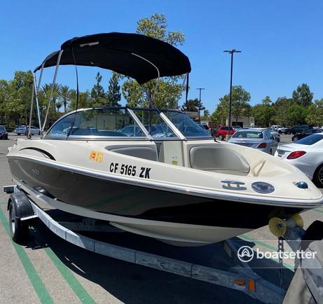 Rent a Sea Ray Boats bow rider in Newport Beach, CA near me