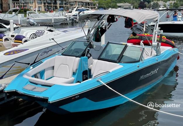 Rent a MASTERCRAFT BOATS ski and wakeboard in Fontana-on-Geneva Lake, WI near me