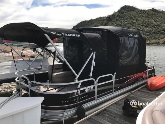 Rent a SUN TRACKER BY TRACKER MARINE pontoon in Phoenix, AZ near me