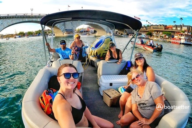 Rent a SUNCHASER pontoon in Lake Havasu City, AZ near me