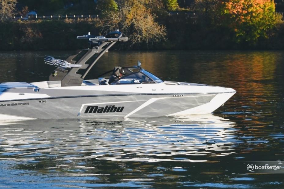 Rent a Malibu Boats ski and_wakeboard in Bellevue, WA near me