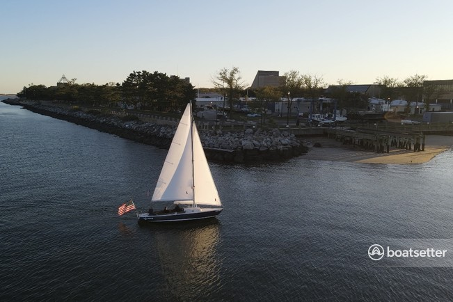 Rent a Pearson daysailer & weekender in Brooklyn, NY near me