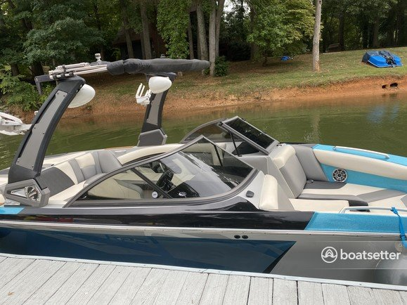 Rent a Tige' Boats ski and wakeboard in Mooresville, NC near me