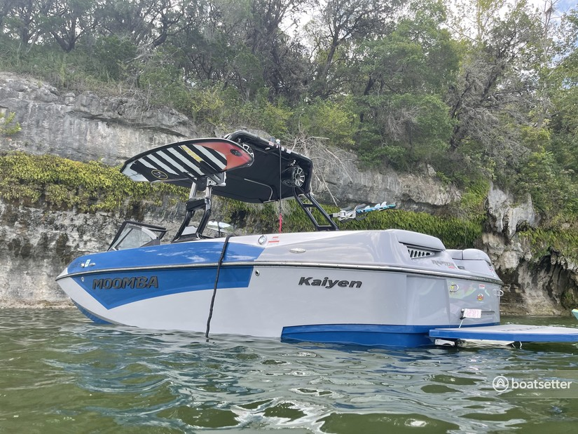 Rent a MOOMBA BY SKIERS CHOICE ski and_wakeboard in Lago Vista, TX near me