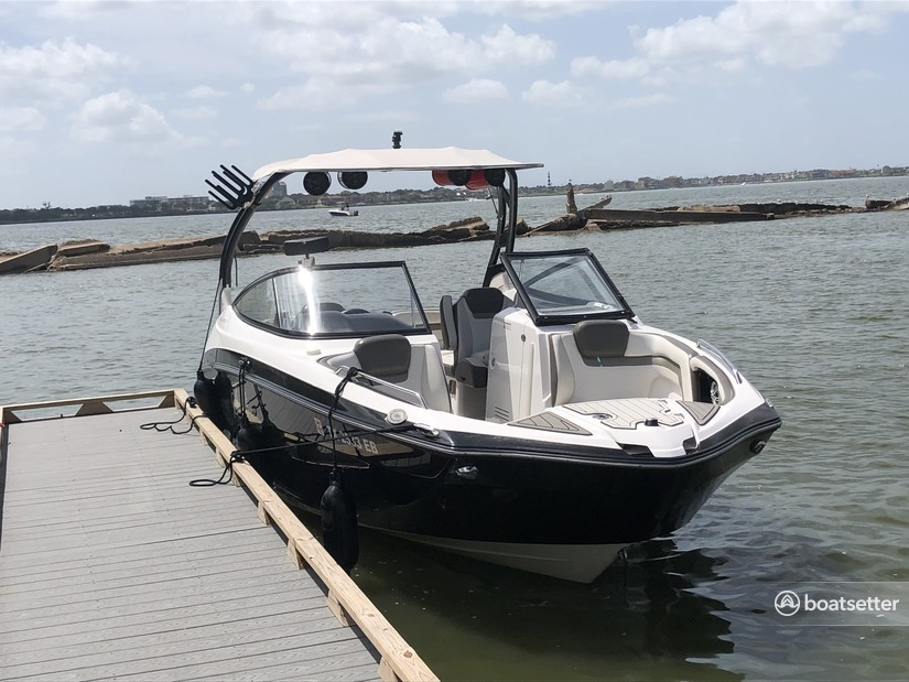 Rent a Yamaha ski and_wakeboard in Seabrook, TX near me