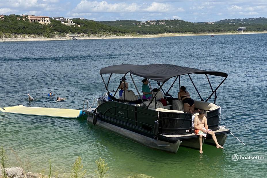 Rent a BARLETTA BOATS pontoon in Austin, TX near me