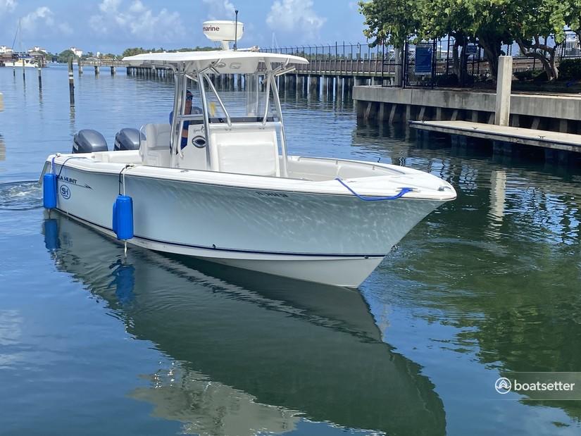 Rent a Sea Hunt Boats center console in Riviera Beach, FL near me
