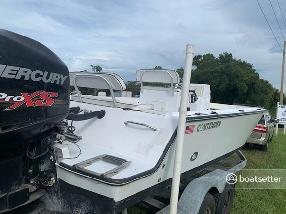 Rent a Contender Boats center console in North Fort Myers, FL near me